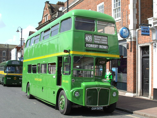 London Country Routemaster CUV323C | London Country ...