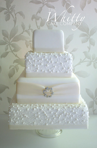 Pearl Promise | by The Whitty Cake Company