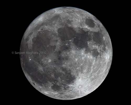 Full Moon April 2011 | by Sanjio.com