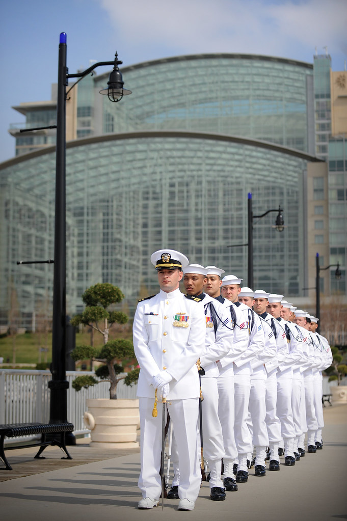 Us Navy Ceremonial Guard Prepare To Entertain During Eve Flickr - Us-navy-ceremonial-guard