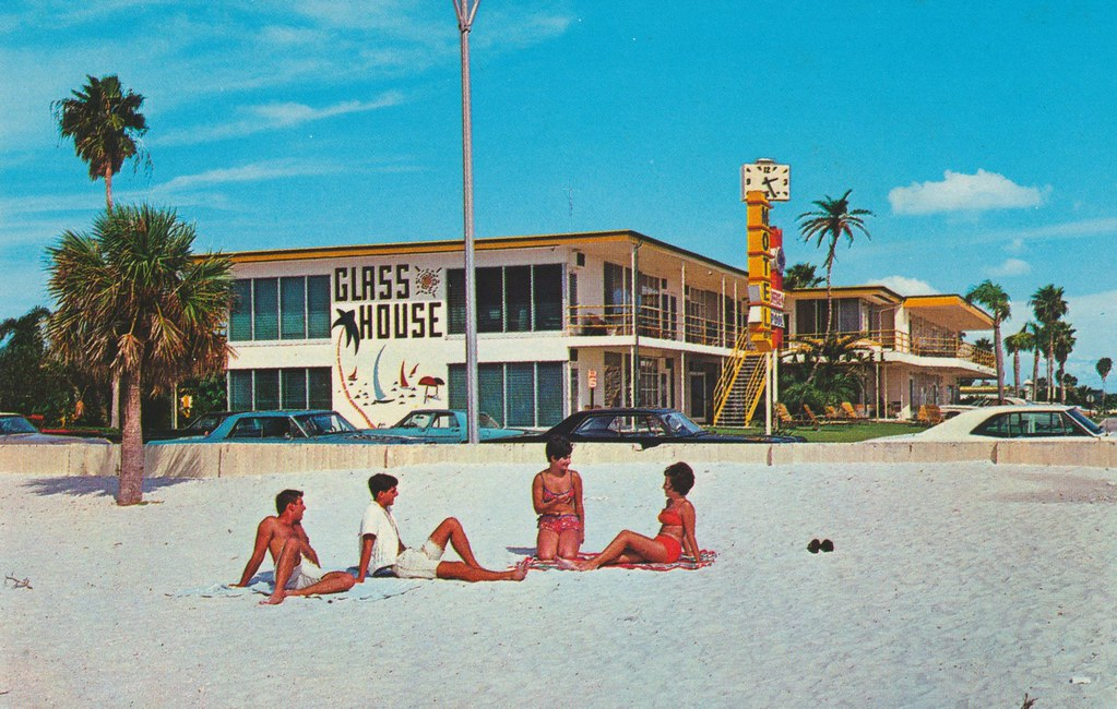 Glass House Apartment Motel - Clearwater Beach, Florida