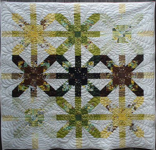 Black Hole (a Supernova variation) | by Marlene- KISSed Quilts