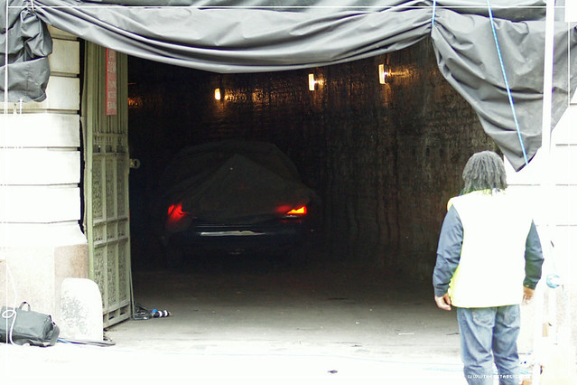 The Establishing Shot: Batman The Dark Knight Rises - London : Gotham Police vehicle emerging from Gotham sewer set