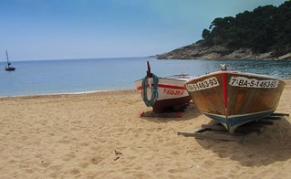 Colourful Fishing Boats on a Mediterranean beach, Costa Brava, Catalonia, Spain. | by Rich Prime