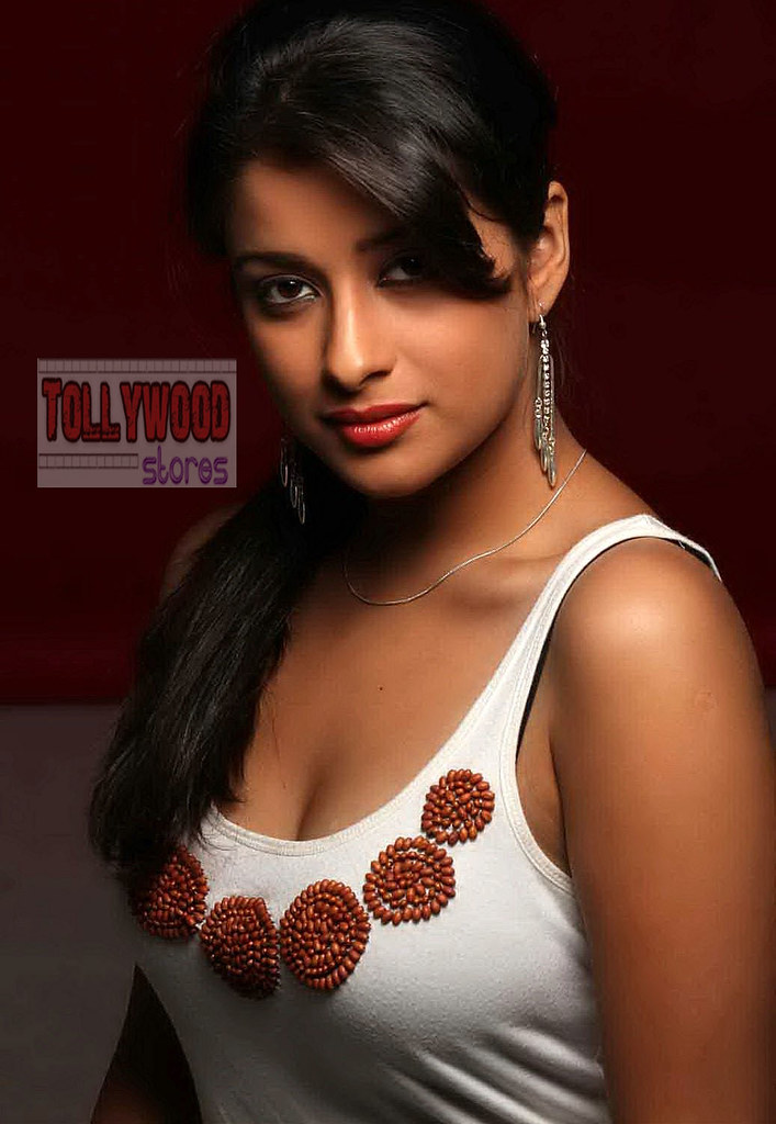 Hot pictures of actress