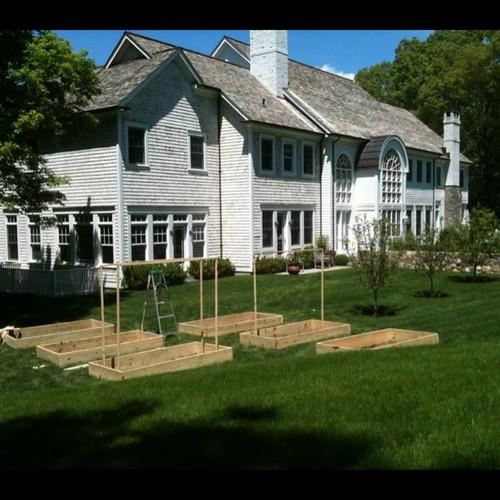 Bedford Raised Garden Bed