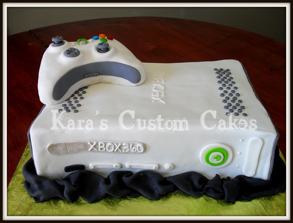 Xbox 360 Birthday Cake Carved Xbox 360 Cake And Controller Flickr