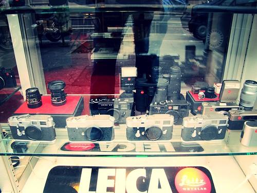 leica drool camera shop paris paris camera shop mark w russell flickr. Black Bedroom Furniture Sets. Home Design Ideas
