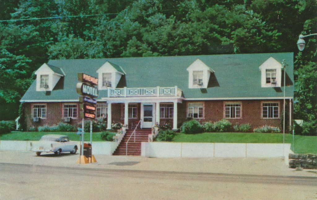 Pineville Motel - Pineville, Kentucky