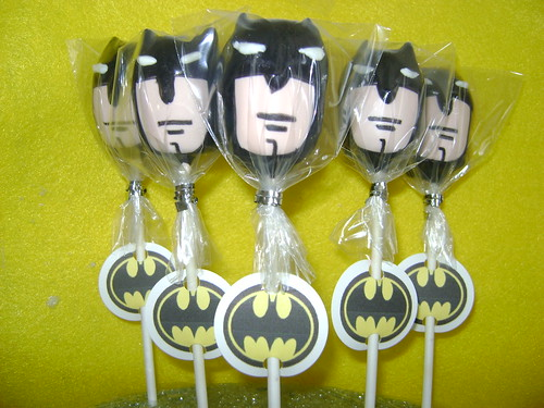 Batman Cake Pops | by Cathy (A Twist of Cake)