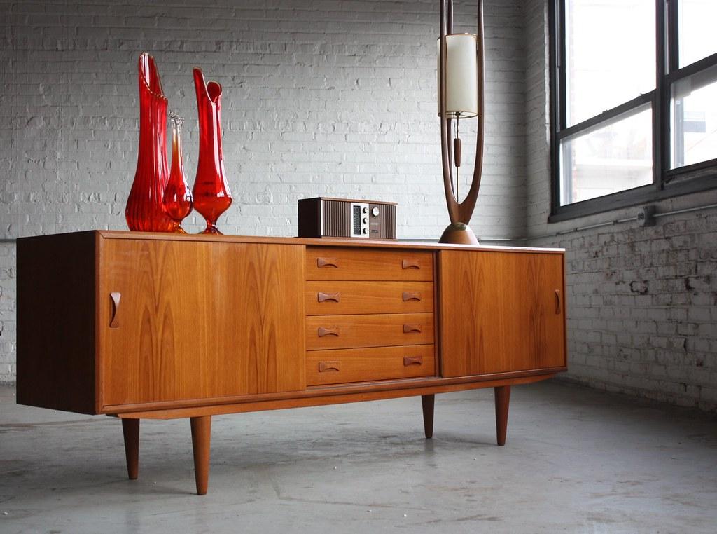 Merveilleux Mid Century Modern Clausen U0026 Son Long Teak Credenza Sideboard (Denmark,