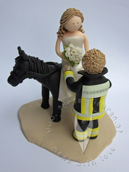 Feuerwehr Brautpaar Mit Pferd Tortenfiguren Flickr