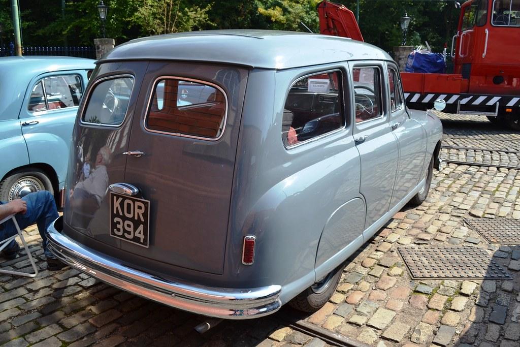 1952 Standard Vanguard Phase IA Estate – KOR 394 | This part… | Flickr