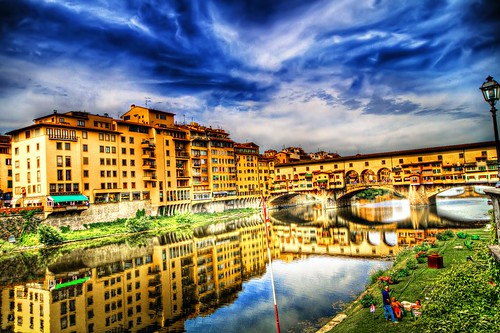 Ponte Vecchio - Florence, Italy | by fguinto
