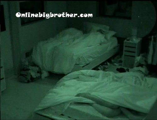 BB13-C3-7-8-2011-9_18_23.jpg | by onlinebigbrother.com