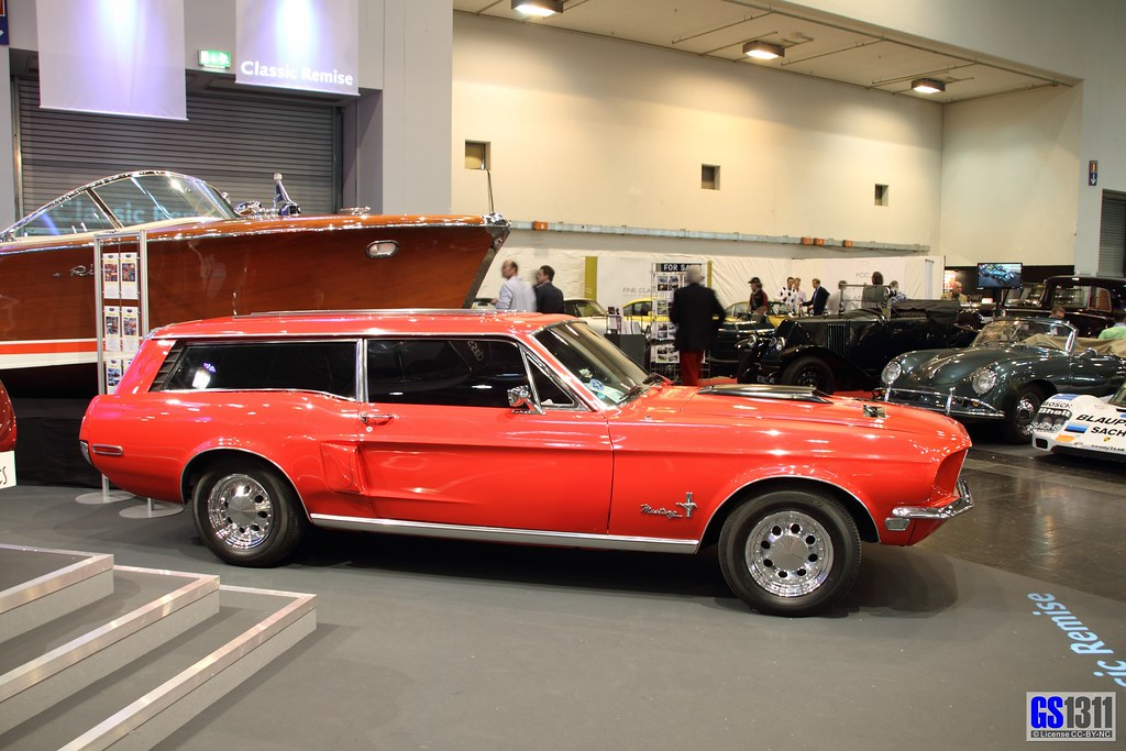 1968 Ford Mustang Station Wagon Custom (02) | Riva boat in t… | Flickr