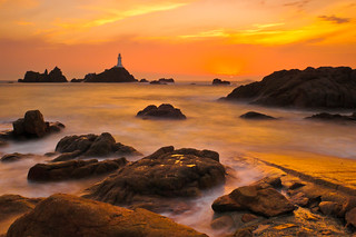 Sunset Over The Lighthouse | by Sunset Snapper