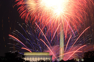 Fireworks in front of the Lincoln Memorial and Washington Monument | by WilliamMarlow