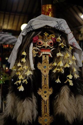 Patung Leak khas Bali