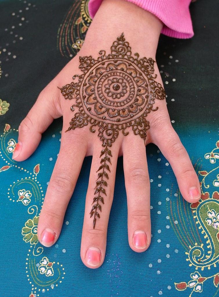 Mandala Henna Design Henna Mandala Inspired By The Gorgeou Flickr
