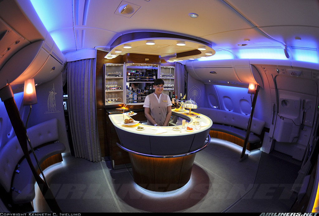Airbus A380 Interieur | Yann Kilo Mike | Flickr