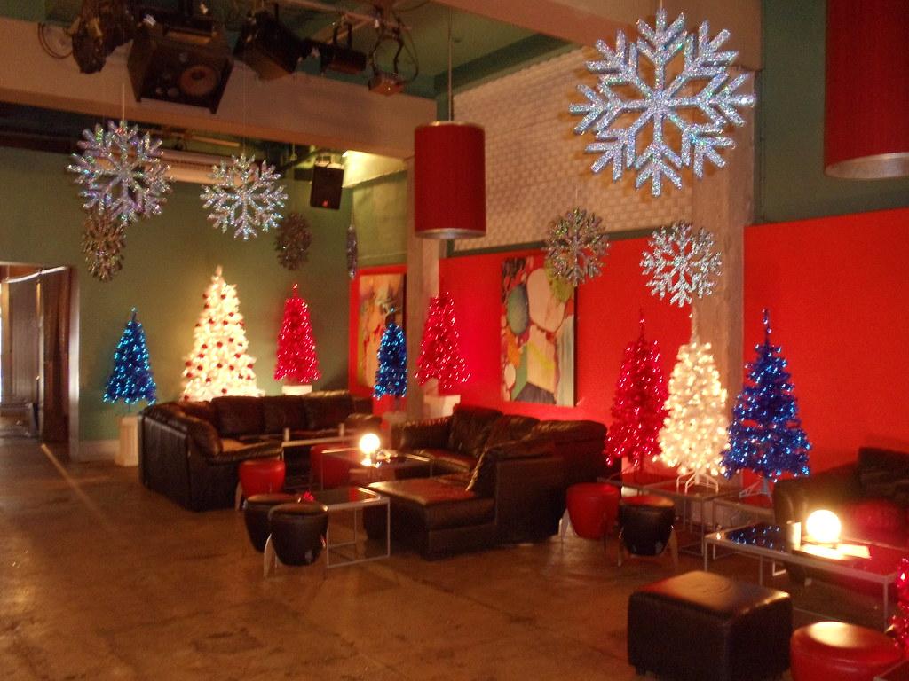 Hostess Bar Christmas Decorations   We added Christmas decor…   Flickr