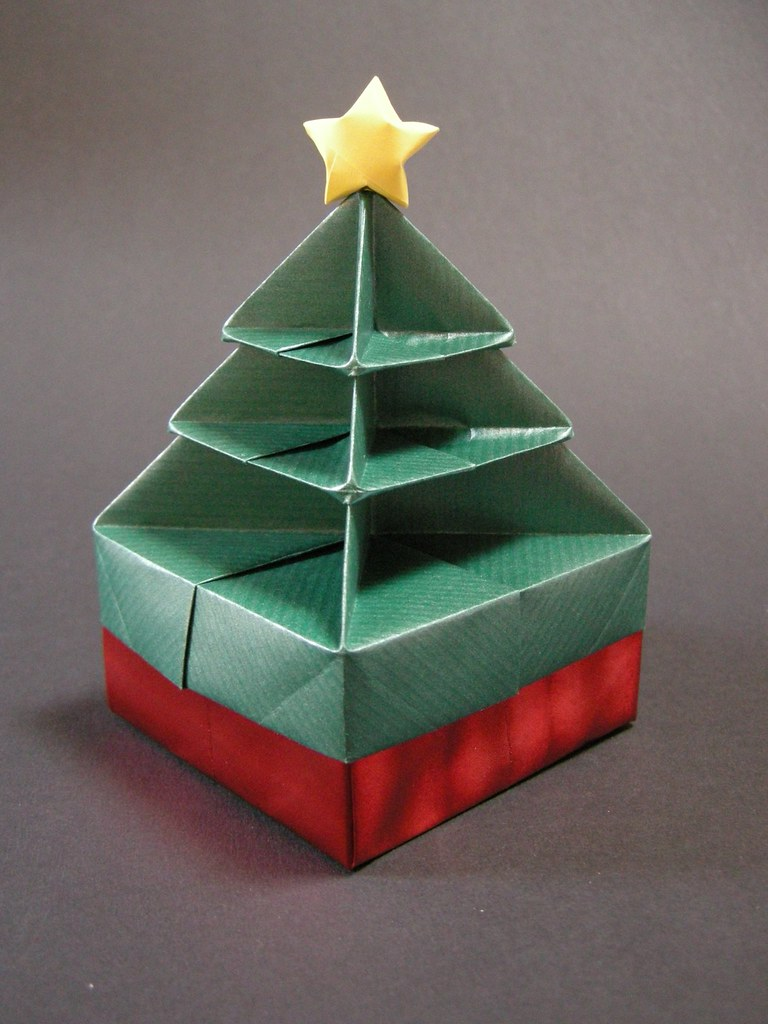 Christmas tree box  Folded from this picture with some mod  Flickr