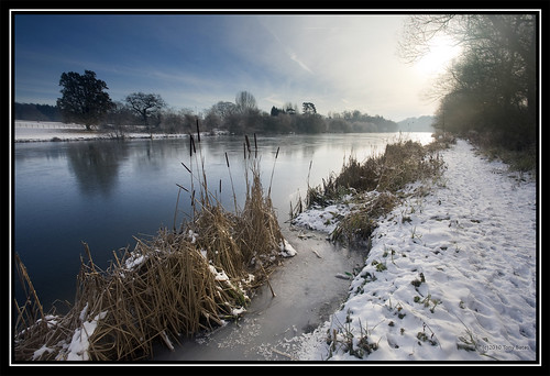 Frozen Thames | by Diamanx