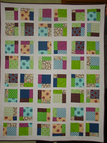 Disappearing 9 Patch Quilt | by sewcraftyjess