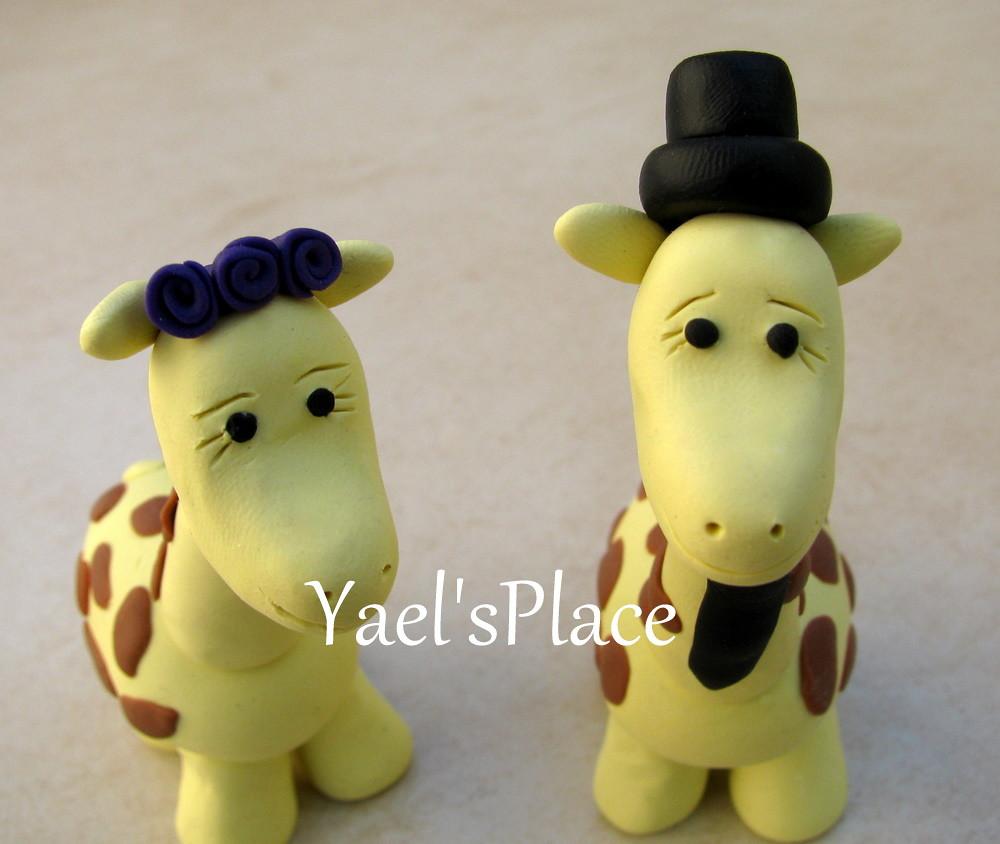giraffe love - custom wedding cake topper | This is a handma… | Flickr