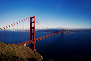 Perfectly clear & empty version Golden Gate Bridge | by songallery