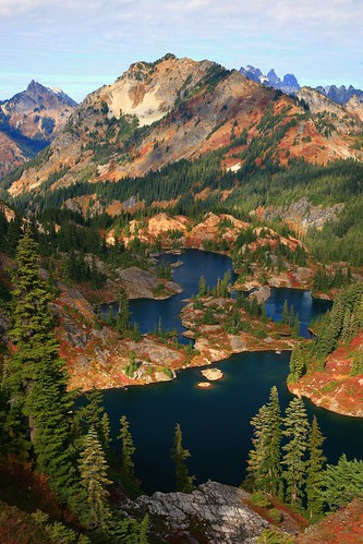 Rampart Lakes Fall Alpine Lakes WA | by jeremyjonkman