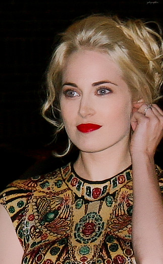 Charlotte Sullivan Brown Hair
