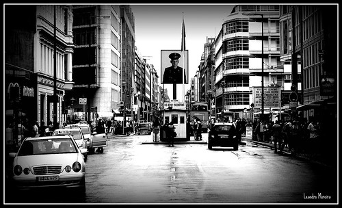 Checkpoint Charlie | by Leandro Moreira