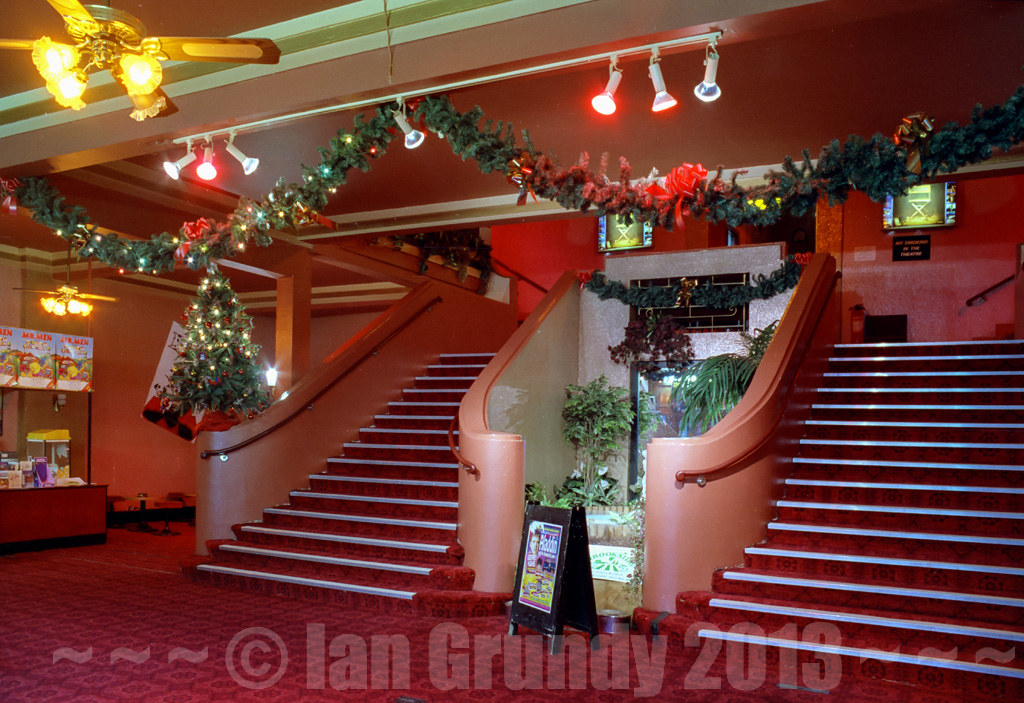 97 davenport stockport 10 davenport theatre main foyer th flickr