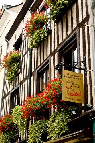 Restaurant La Marmite Saint Pierre De Cole