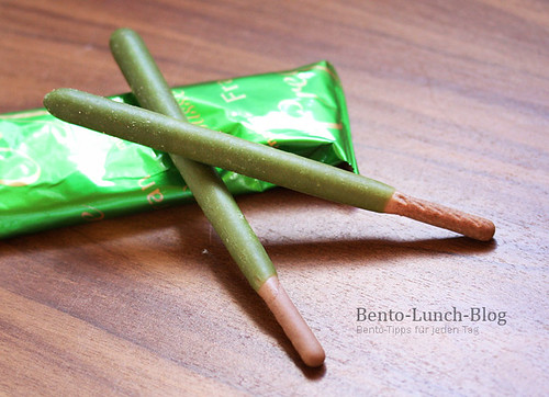 fran-mousse-pocky-meiji-matcha-cream | by Token-Bento