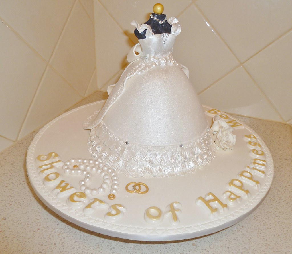Bridal Shower Cake Wedding Gown I Cing In My Kitchen Flickr