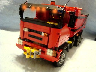 LEGO Dump Truck With Lights | by CJay.