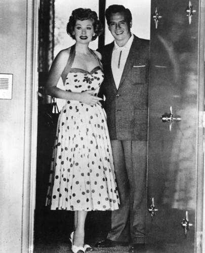 Lucille ball and desi arnaz in the doorway of their palm s for How tall was lucille ball and desi arnaz