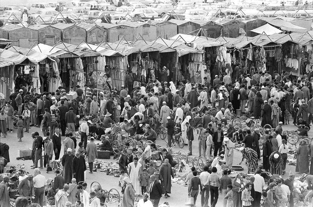 Place de Jamaa el Fna dans les années 1970 - Photo de Jean-François Gornet