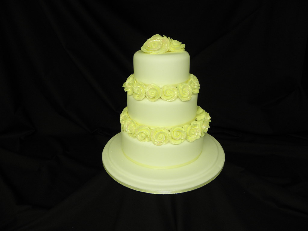 Wedding Cake With Yellow Roses Between The Tiers | Wedding C… | Flickr