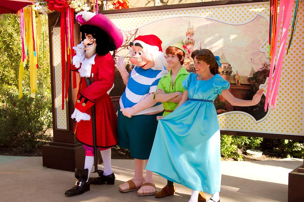 Disneys Character Fan Days Captain Hook Smee Peter Pan Wendy Darling