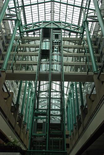 la verri re de l 39 atrium et ses ascenseurs gare du nord b flickr. Black Bedroom Furniture Sets. Home Design Ideas