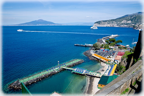 Sorrento Harbour and Mount Versuvius | by mattos555
