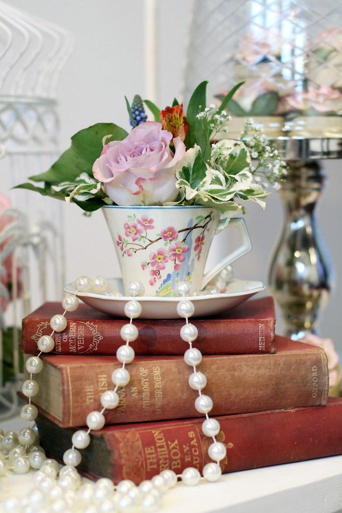 Teacup Vase Vintage Books Saddleworthshindigs Flickr