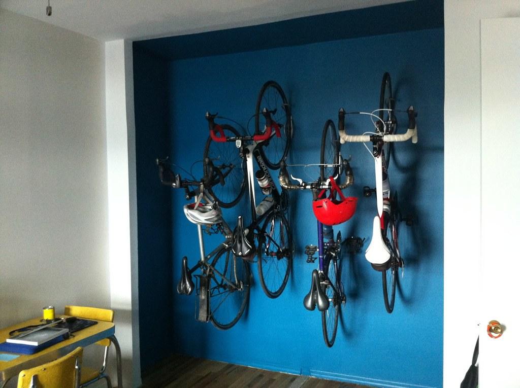 Attirant Bike Closet | By Zhalbrecht Bike Closet | By Zhalbrecht