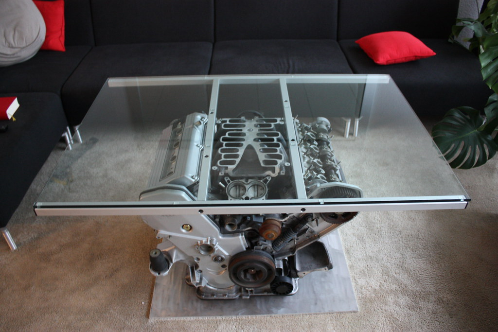 V8 Tisch Swiss Style Recycling Of An Audi Engine Jurgen Barth