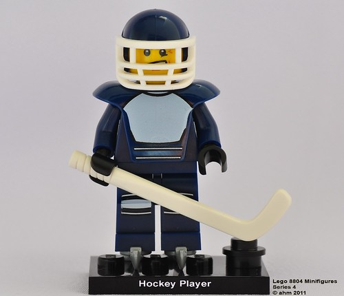 Lego 8804 Minifigures Series 4-08 Hockey Player | by KatanaZ
