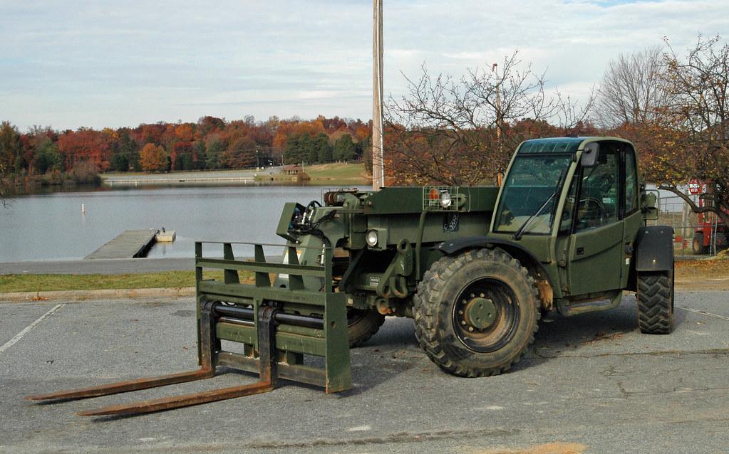 Marine Corps Skytrak Mmv Forklift By Rcsadvmedia